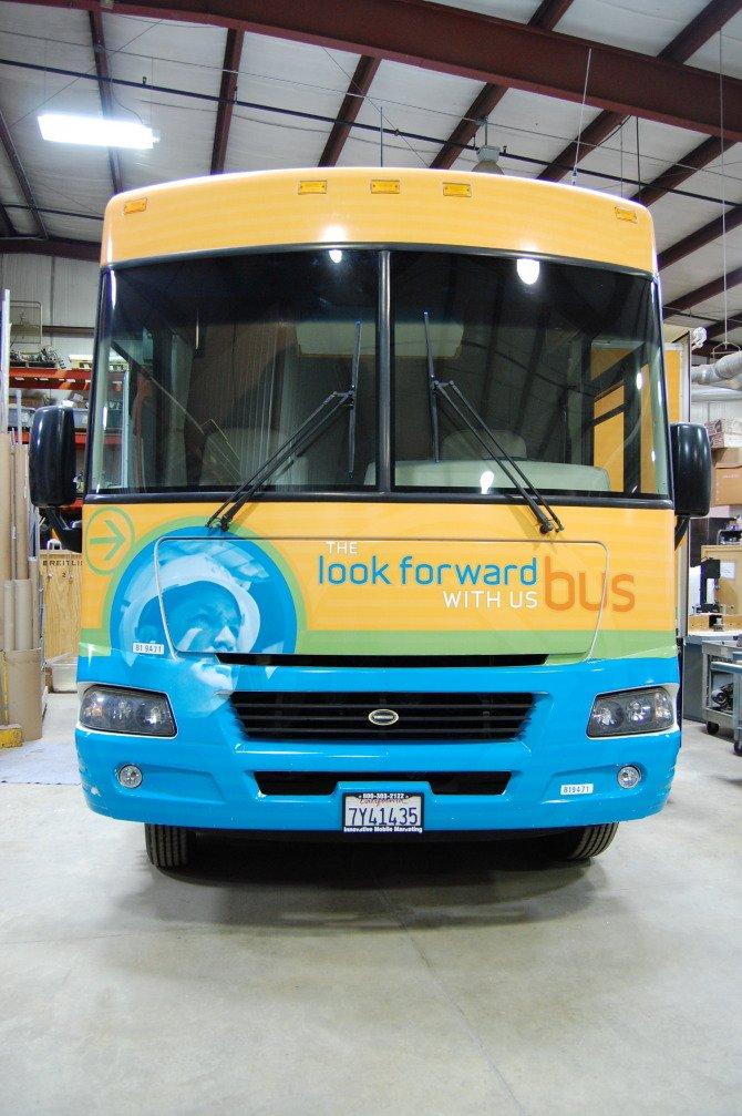 PGE Look Forward Bus